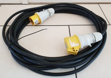 TRS 110V CEE 4P powercable 10M